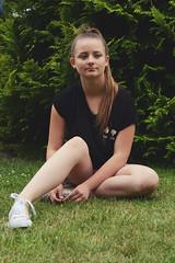 DOMINIKA (justyna.karkus) Tags: girl teen woman sister family love blonde home nikon 50mm nature motivation portrait summer memories goodvibes grass