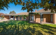 805 St James Crescent, Albury NSW
