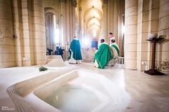 05_JourDuSeigneur_2046 (darry@darryphotos.com) Tags: eglisesainthilaire france2 francetelevisions jourduseigneur media melle messe religion nikon d700