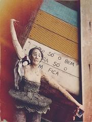 Casa Torta (meeeeeeeeeel) Tags: minasgerais artesanato art tiradentes casatorta bichinho