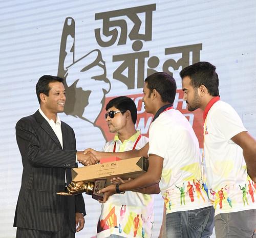 21-10-17-PM ICT Advisor Sajeeb Wazed Joy_Joy Bangla Youth Award-48