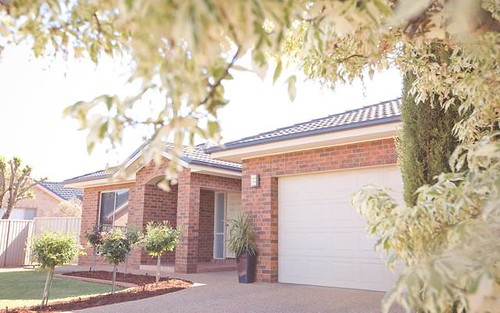 7 Mardon Pl, Griffith NSW 2680