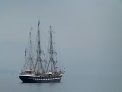"""fin comme un oiseau"" (b.four) Tags: bateau boat nave troismâts trealberi threemaster jacquesplante huguesaufray antibes alpesmaritimes santiano ship ruby10"