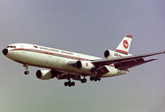 S2-ACR McDonnell Douglas DC-10-30 Biman Bangladesh Airlines (corkspotter / Paul Daly) Tags: s2acr mcdonnell douglas dc1030 dc10 48317 445 l3j acbd 702004 bbc bg bangladesh biman 1988 19881230 lhr egll london heathrow negative scan