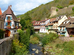 Haus am Bach- house at the creek (Anke knipst(try to catch up)) Tags: elsass alsace frankreich france kaysersberg bach creek haus house laweiss