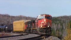 CN 2337 taking the siding at La Tarte, QC (MaineTrainChaser) Tags: cn trains train west westbound quebec new brunswick 306