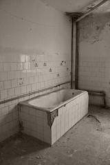 _MG_8321 (daniel.p.dezso) Tags: kiskunlacháza kiskunlacházi elhagyatott orosz szoviet laktanya abandoned russian soviet barrack urbex ruin military base militarybase