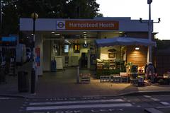 Hampstead Heath station, South End Road, NW3 (Tetramesh) Tags: tetramesh london england britain greatbritain gb unitedkingdom uk londër лондан лондон londres londýn londen lontoo λονδίνο londain londra londone londyn llundain londrez loundres londono londinium llondon lunnainn lùndra arrivaraillondon arrivauktrains