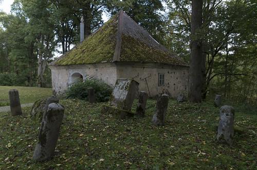 Annenieku Vecajos kapos, 01.10.2017.