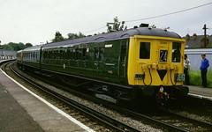 British Rail 2BIL electric unit 2090 Norbiton (jc_snapper) Tags: train trein railway railroad electrictrain emu triebwagen automotrice norbiton br britishrail britishrailways southernregion class401 2bil southernrailway southwesterndivision