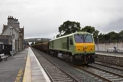 216 on Ballina-Waterford timber train at Kildare 01-Jul-16 (metrovick) Tags: emd emdexportloco jt42hcw 216 irishrail iarnrodeireann kildarerailwaystation railroad railway timbertrain freighttrain