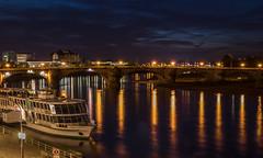 A night in Dresden (Germany) (..Jan.) Tags: nacht licht reflexion wasser fluss elbe dresden himmel