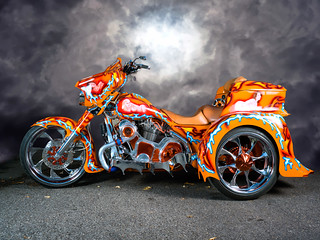 Motocyclette de l'enfer! / Motorcycle of hell!