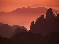 黄山, Huangshan Mountains (gerrit-worldwide.de) Tags: huangshan mounthuangshan mthuangshan yellowmountain china asia anhui 2017 olympus mzuiko401504056r 黄山 安徽