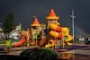 El parque infantil (Carpetovetón) Tags: arcoiris contraste nubes colores nikond610 nikon50f18 castrourdiales cantabria españa