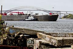r_170921366_beat0057_a (Mitch Waxman) Tags: killvankull newyorkcity newyorkharbor statenisland tugboat newyork