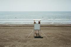 N0632017 (toshyie) Tags: summicron bessa film kodak portra400 summer summeend beach autumn summerend