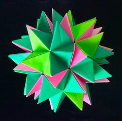 Modular origami (Renato Morselli) Tags: origami paper geometria carta modulo beautifulgeometry flickrfriday modular geometry