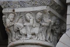 Prieuré saint Léonard - L'Île-Bouchard (Indre-et-Loire) (odile.cognard.guinot) Tags: prieurésaintléonard chapiteau artroman 12esiècle entréedejésusàjérusalem rameaux indreetloire centrevaldeloire lîlebouchard 37