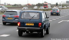 Lada Niva 2002 (XBXG) Tags: 61jkln lada niva 2002 ladaniva blue bleu 4x4 4wd a9 boesingheliede haarlemmermeer nederland holland netherlands paysbas vintage old russian classic car auto automobile voiture ancienne russe russie russia rusland лада россия road