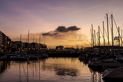 Atardecer. Gijón. (David A.L.) Tags: asturias gijón asturies atardecer puestadesol ocaso puertodeportivo muelle elmuelle