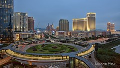 Macao (Rolandito.) Tags: macao strip casino casinos dusk vantage point overview twilight venetian roundabout