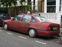 1990 Vauxhall Cavalier GL (Neil's classics) Tags: vehicle abandoned car 1990 vauxhall cavalier