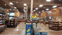 Reversed Grand Aisle (Retail Retell) Tags: horn lake ms kroger desoto county retail former seessels albertsons schnucks 2000 grocery palace acme theme park corrugated metal 2012 bountiful décor remodel