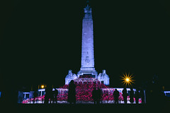 Admiration & Respect (mik-shep) Tags: plymouth hoe plymouthhoe poppies poppy sculpture art atristic remembering