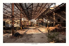 Open roof (Marcos Jerlich) Tags: transport train abandoned locomotive roof garage scenery light naturallight sunlight shadow october flickr 7dwf brasil jundiaí américadosul canon canont5i canon700d efs1855mm marcosjerlich