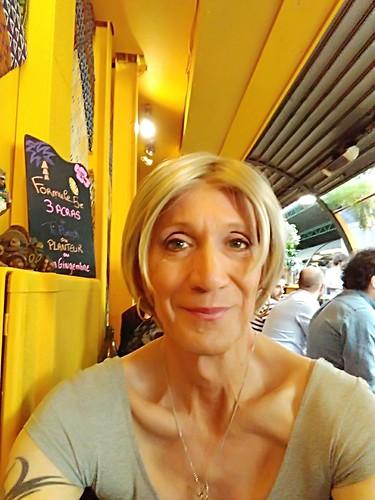 Carribean restaurant at red childrens market in Paris restaurant créole aux marché des enfants rouges à Paris