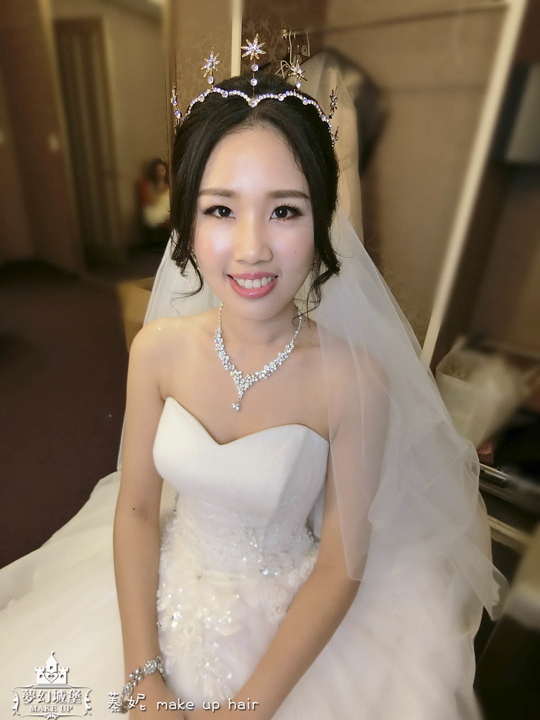 【新秘蓁妮】bride孟樺 結婚造型 / 梧棲新天地婚宴會館