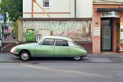 Auto (janvomtennis) Tags: trier treves deutschland germany allemagne auto car voiture city citroen street strasse streetart analog onlyanalog canon canona1 kodak film filmfotografie 35mm