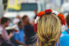 Watching the Stein Holding Competition (pdebree) Tags: tampa bay tampabay florida oktoberfest oktoberfesttampa oktoberfesttampa2017 german germany dirndl lederhosen blonde flower crown flowercrown blond hair sony sonyimages sonyalpha sonya6000 a6000 selp18105g germangirl girl people person