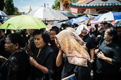 * (Sakulchai Sikitikul) Tags: street snap streetphotography songkhla sony 28mm voigtlander umbrella thailand hatyai portrait sunny a7s