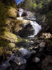 Vall de boi (jlmontes) Tags: landscape paisaje catarata spain españa cataluña lleida apple iphone