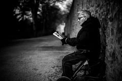 The reader (AlphaAndi) Tags: mono monochrome urban people personen portrait leute menschen menschenbilder trier tiefenschärfe dof sony streets streetshots streetshooting city