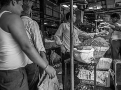 LR-003 (hunbille) Tags: india mumbai birgittemumbai32015lr dadar phool galli phoolgalli flower market bazaar bombay