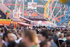 Menschenmenge und Stände im Hintergrund - Oktoberfest 2017 (marcoverch) Tags: münchen wiesn 2017 bitspretzels oktoberfest people menschen many viele crowd menge festival competition wettbewerb grouptogether versammeln group gruppe man mann audience publikum concert konzert spectator zuschauer performance city stadt flag flagge election wahl sportsfan sportfan event ceremony zeremonie celebration feier soccer fusball menschenmenge stände hintergrund berlin pet usa auto nikkor spiral shore family hair bicycle