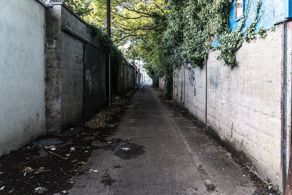 TODAY I TRIED TO LOCATE THE NEW GRANGEGORMAN TRAM STOP [I COULD NOT FIND THE ACTUAL ENTRANCE]-133079