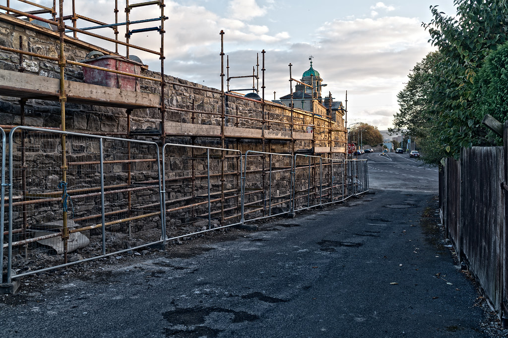 TODAY I TRIED TO LOCATE THE NEW GRANGEGORMAN TRAM STOP [I COULD NOT FIND THE ACTUAL ENTRANCE]-133074