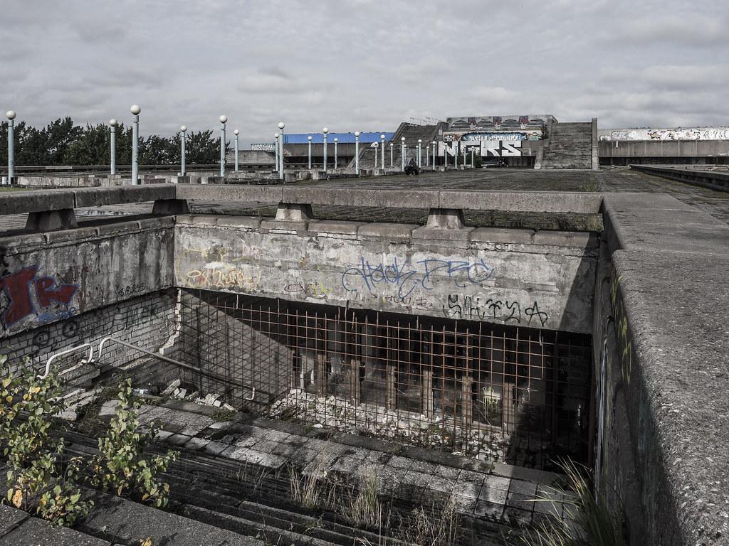 The world 39 s newest photos of brutalismus flickr hive mind for Architektur brutalismus