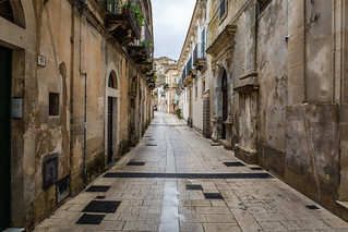 Quiet street in Ragusa