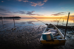 Waiting the 1st Light (Md Farhan's Gallery) Tags: jubakar jubakarbeach pantaijubakar beach panorama landscape sunrise morning light malaysia lensamalaya nationalgeographic boat fisherman serenity reflection sea seascape ocean ray fujifilm fujinon xf1024mm xt1 sky cloud kelantan tumpat nelayan