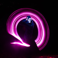 171028 2120 (steeljam) Tags: steeljam nikon d800 lightpainters greenwich light rod halloween