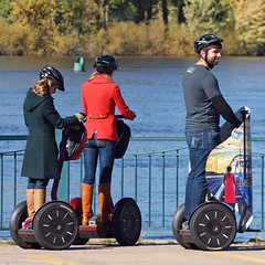 Resting Rollers (DewCon) Tags: segway mississippiriver