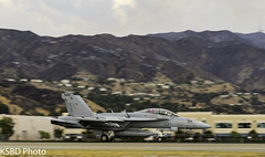US NAVY F/A-18 (KSBD Photo) Tags: losangeles california unitedstates us fanfriday navy fa18 boeing