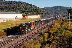 Passing Port Allegheny (Wheelnrail) Tags: western new york pennsylvania train trains alco railroad diesel locomotive smoke rail road rails driftwood turn port allegheny liberty