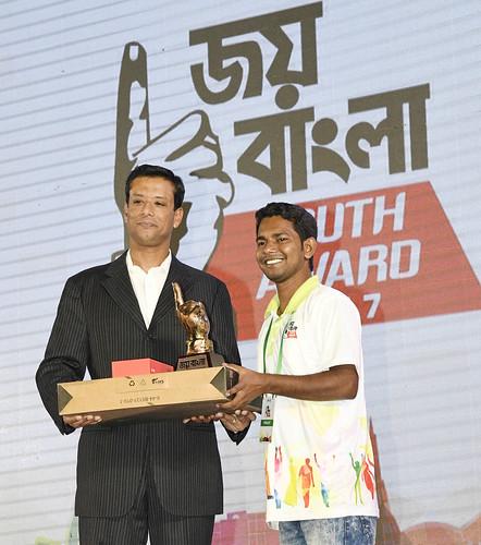 21-10-17-PM ICT Advisor Sajeeb Wazed Joy_Joy Bangla Youth Award-46