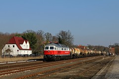 232 409 mit dem Leerknicker in Strausberg (M. Eisenmann) Tags: diesellok 232 ludmilla knicker ostbahn